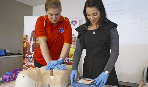 first aid course_defib